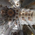 Sufit w Sagrada Familia