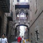 Jedna z uliczek Barri Gotic